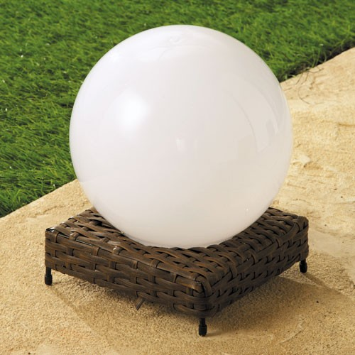 sedao vente d co mobilier de jardin lampe boule rotin solaire. Black Bedroom Furniture Sets. Home Design Ideas