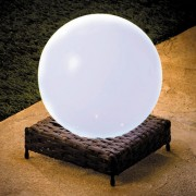 "LAMPE BOULE ""ROTIN"" SOLAIRE"